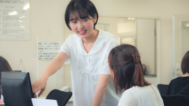 株式会社ヨシケイ大宮・株式会社ヨシケイ大阪南で働く事務スタッフの一日